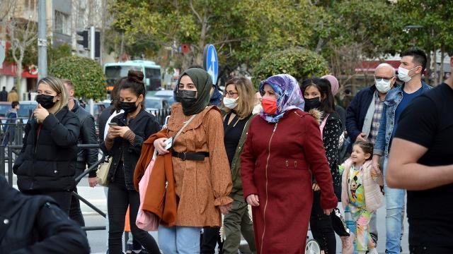 Gaziantepte tedbirleri ihlal eden 215 kişiye para cezası kesildi