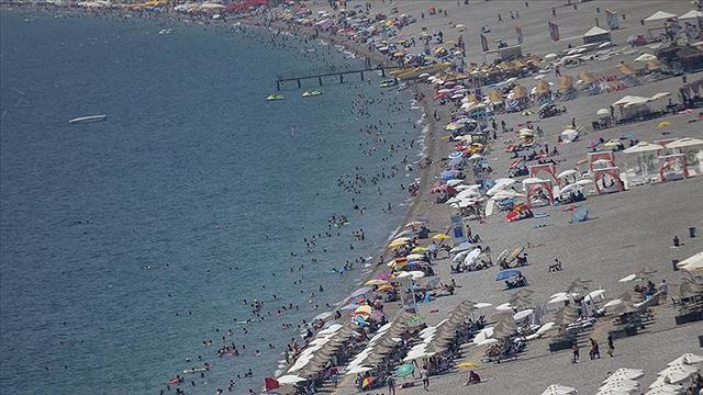 Rus turistler Türkiyede tatil yapmaya kararlı