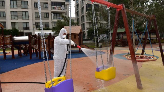 Tuzlada bulunan 136 park çocuklar için dezenfekte edildi
