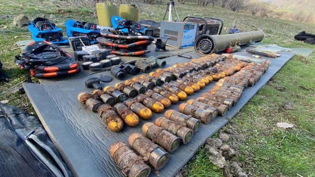Irak kuzeyinde PKKya ait çok sayıda mühimmat ele geçirildi