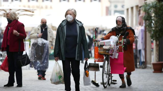İtalyada COVID-19dan 551 kişi daha hayatını kaybetti