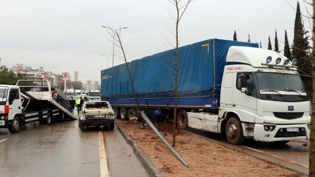 Gaziantepte zincirleme kaza: 3 yaralı