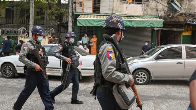 Myanmardaki darbe karşıtı protestolarda ölenlerin sayısı 557ye ulaştı