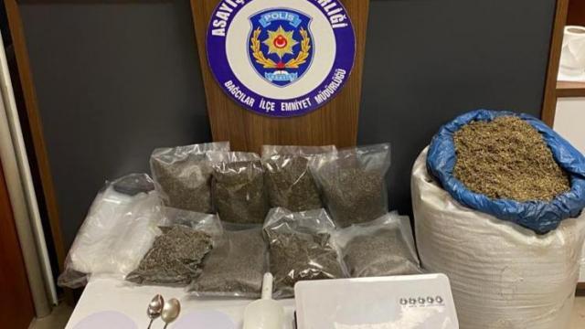 Bahçelievlerde düzenlenen operasyonda 22 kilo 112 gram uyuşturucu ele geçirildi