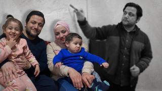Mısır'da gözaltında tutulan Türkçe öğretmeni ailesine kavuştu