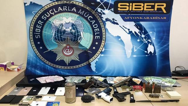 3 ilde yasa dışı bahis operasyonu: 11 gözaltı