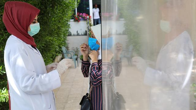 Filistinde koronavirüs: 3. doz aşı kararı