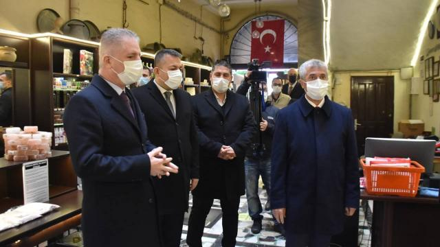 Gaziantep Valisi Gül: Vakalarda yüz binde 27lerden 67lere çıktık
