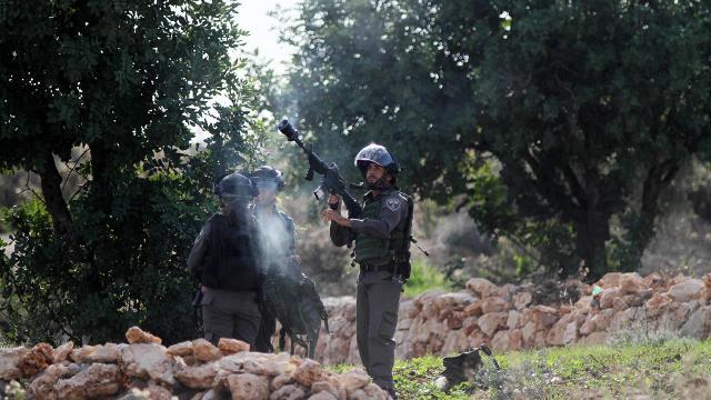 İsrail güçleri, Filistinli gençlere saldırdı: 11 yaralı