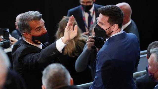 Barcelona Başkanı Laporta: Messi Barcelonada kalmalı
