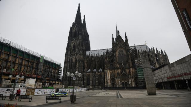 Almanyada çocuk istismarı skandalı: Kiliseden ayrılmak isteyenler sıraya girdi