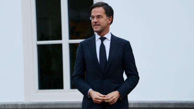 Hollandada Mark Rutte üst üste 4üncü kez seçimleri kazandı