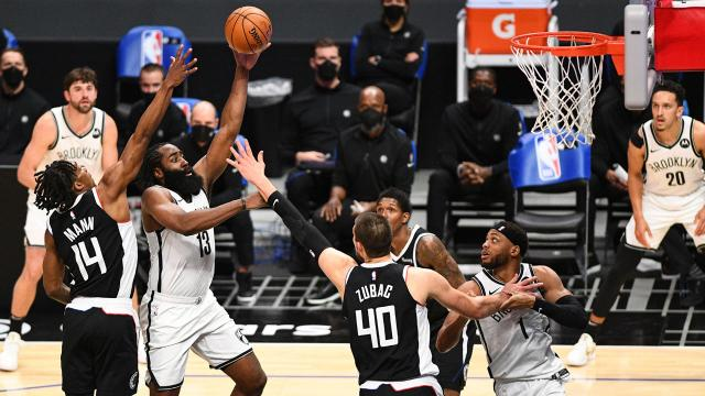 """NBAde altı """"triple-double"""" ile rekor kırıldı"""