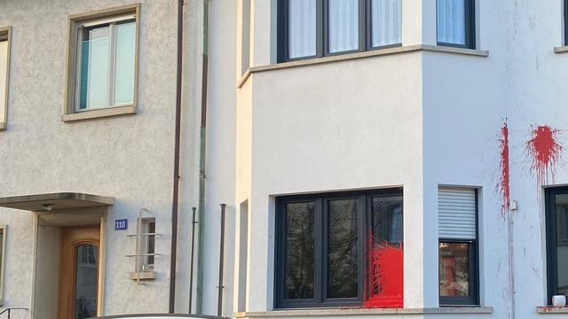 İsviçrede PKK yandaşları Şeref Yıldızın evine saldırdı