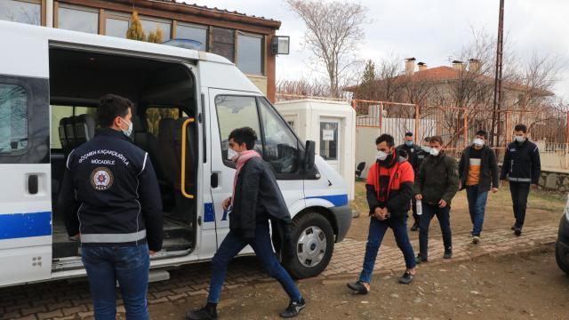 Erzincanda bir haftada 20 sığınmacı yakalandı