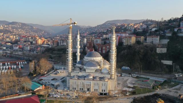 Uzun Mehmet Camii inşaatında sona doğru yaklaşıldı