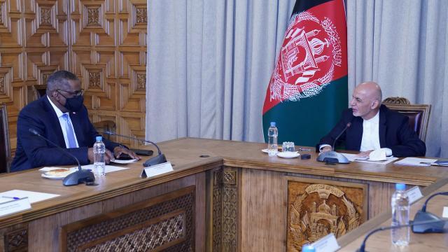 Afganistan Cumhurbaşkanı Gani, ABD Savunma Bakanı Austin ile görüştü