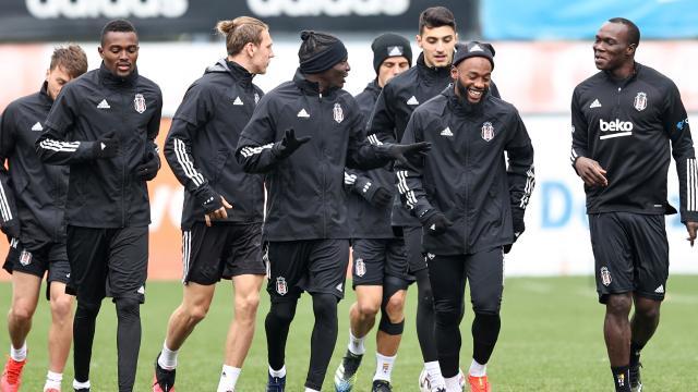Beşiktaşın derbi maçı kamp kadrosu belli oldu