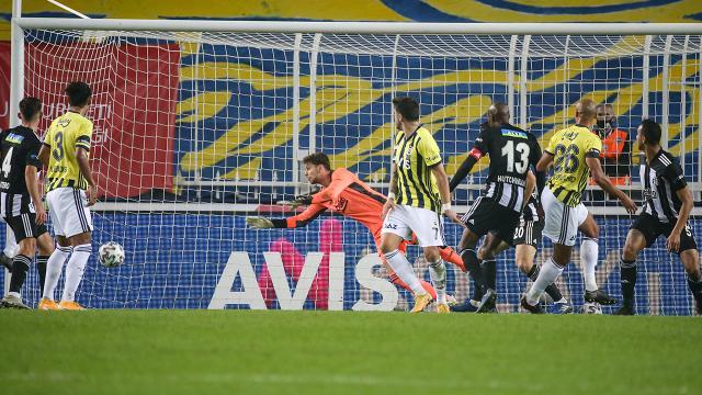 Gözler Beşiktaş-Fenerbahçe derbisinde