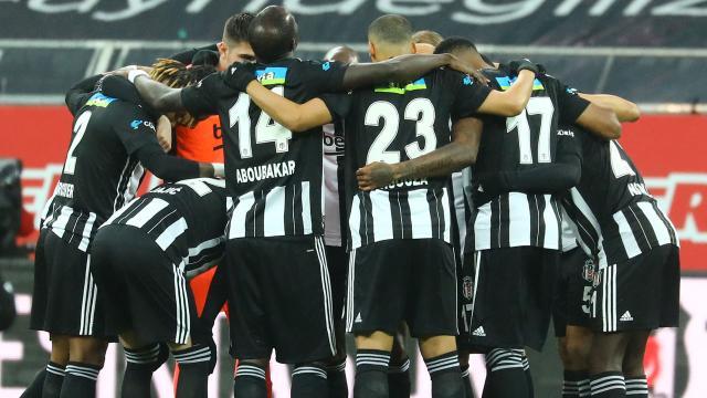 Beşiktaş liderliğini sürdürdü