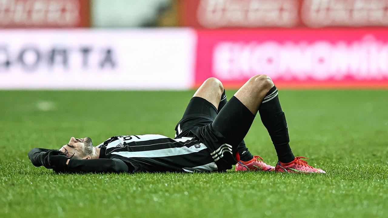 Beşiktaş son dakikada yıkıldı - Son Dakika Haberleri