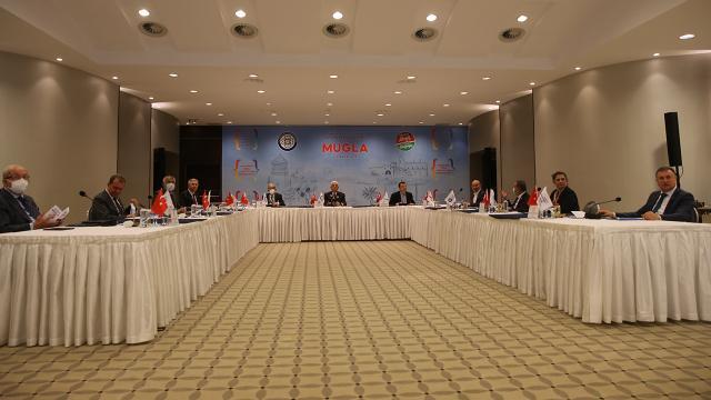 CHPli büyükşehir belediye başkanları Muğlada toplandı