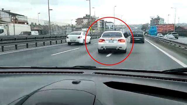 İstanbulda trafikte makas atan Iraklı sürücü yakalandı