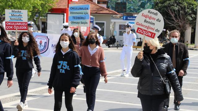 Türkiyenin COVID-19 mücadelesinde son 24 saatte neler yaşandı?