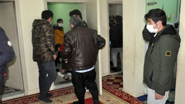 Taziye evinden 61 kişi çıktı