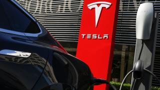 Tesla Bitcoin'i ödeme türü olarak kabul edecek