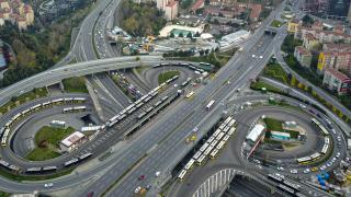 9 ayda 913 bin 169 yeni araç trafiğe çıktı