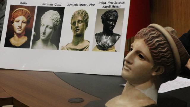 """Bolu Müzesindeki 2 bin yıllık heykelin """"Artemis"""" olduğu anlaşıldı"""