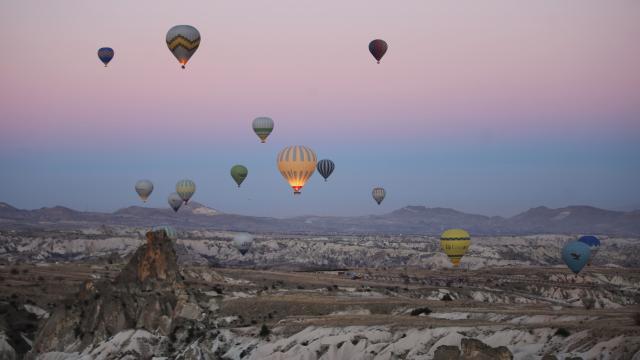 Kapadokyada balon turları hafta sonuna kadar iptal edildi