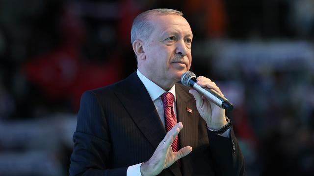 Cumhurbaşkanı Erdoğan: Diyarbakırdaki analarımızı ziyaret edeceğiz