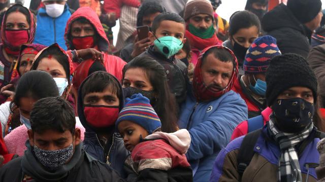 Hindistanda günlük vaka sayısı 200 bini aştı