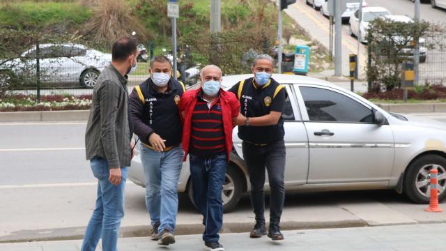 Antalyada cezaevinden izinli çıkarak karısını öldüren hükümlü adliyeye sevk edildi