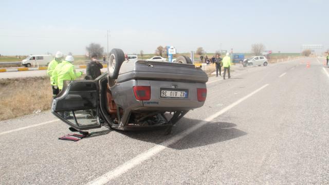 Konyada iki otomobil çarpıştı: 7 yaralı