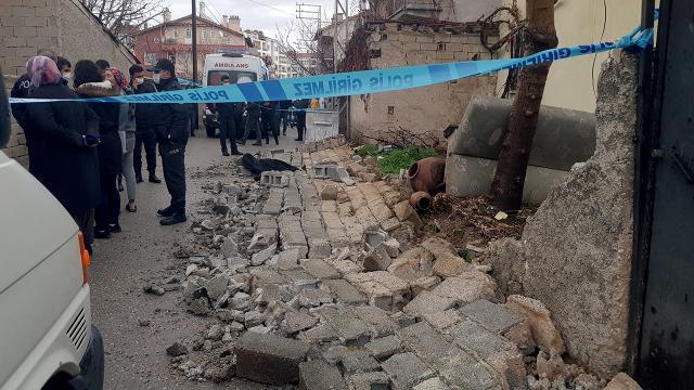 Bahçe duvarı yıkıldı, 5 yaşındaki çocuk yaşamını yitirdi