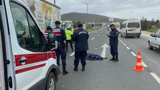 Muğlada kamyonun çarptığı yaya yaşamını yitirdi