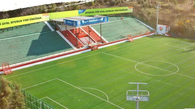 Yenilenen Beylerbeyi Stadı açıldı