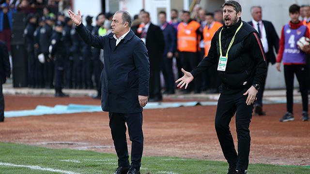 Fatih Terim ile Ümit Davalaya 2şer maç ceza