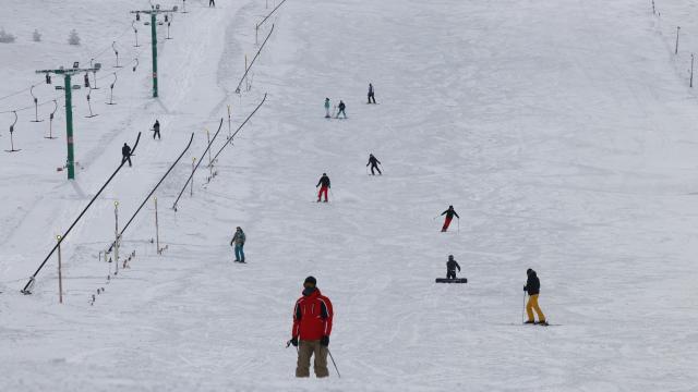 Kartalkayada kar kalınlığı 2 metreye yaklaştı