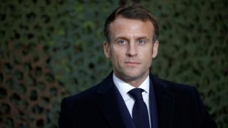 """Macron, nükleer denemeler için """"borç"""" dedi ama özür dilemedi"""