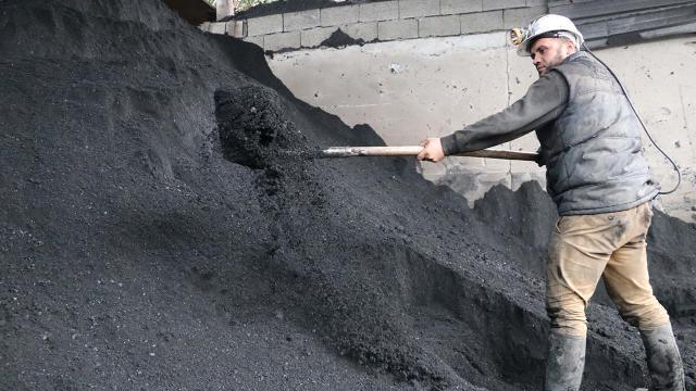 Taş kömürü satışından şubatta 25,5 milyon lira gelir sağlandı