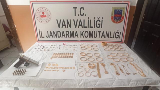 İstanbulda çalınan altınlar Vanda bulundu