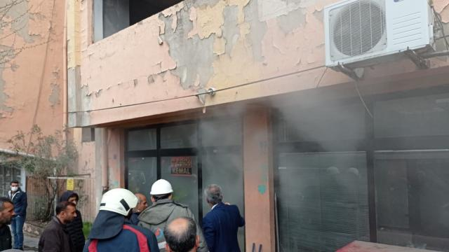 Siirtte bir iş yerinde çıkan yangın itfaiye ekiplerince söndürüldü