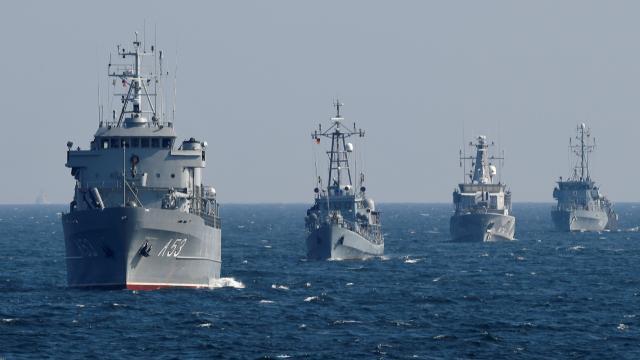 Bild: Alman donanması, 16 yıldır Rusların navigasyon sistemini kullanıyor