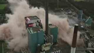 Power plant demolition on live broadcast in Germany