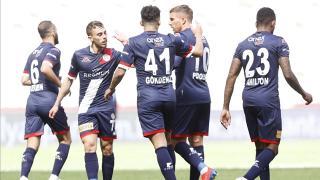 Antalyaspor, kulübe gelir getirmek amacıyla 'bayrak kampanyası' başlattı