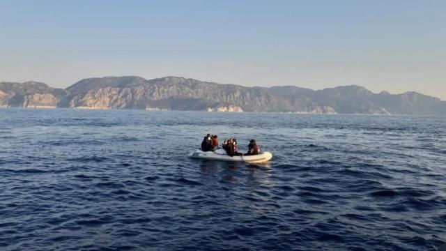 Muğlada 9 düzensiz göçmen kurtarıldı